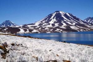 Lagunas Altiplanicas - San Pedro de Atacama, Chile