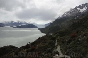 Lago y Glaciar Grey - Torres del Paine, Chile
